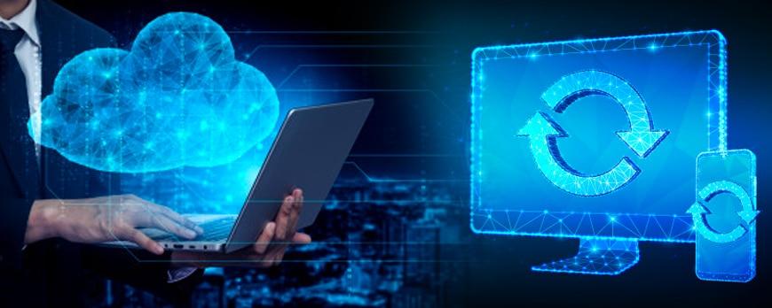 mobil crm sistemleri ile her yerden veriye erişimin mümkün olduğunu belirten bir görsel
